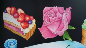 バラとストロベリーケーキ